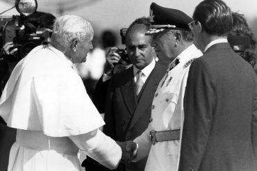 Juan Pablo II y Augusto Pinochet en Chile